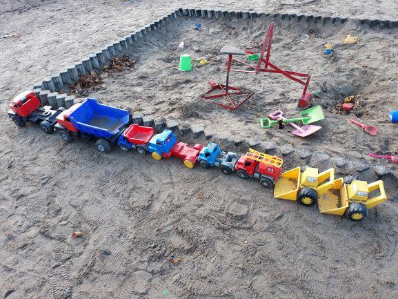 Link to event Perheiden olohuone leikkipuisto Etupellossa