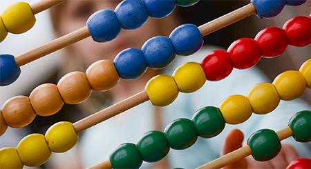 Linkki tapahtumaan Perheen pienimmilläkin on matikkapää – miten tukea matemaattisen ajattelun kehitystä?