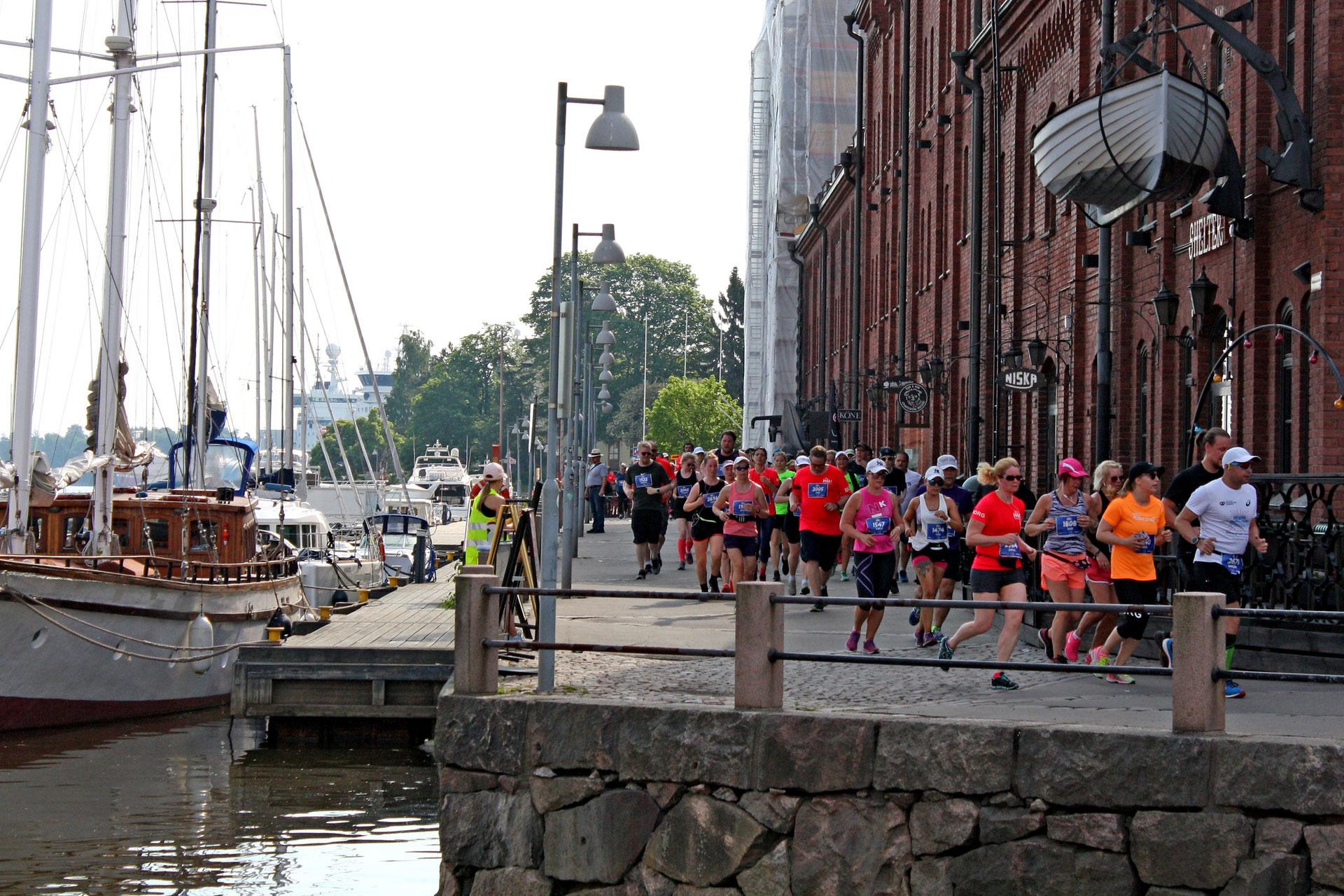 Linkki tapahtumaan Helsinki Half Marathon 2020