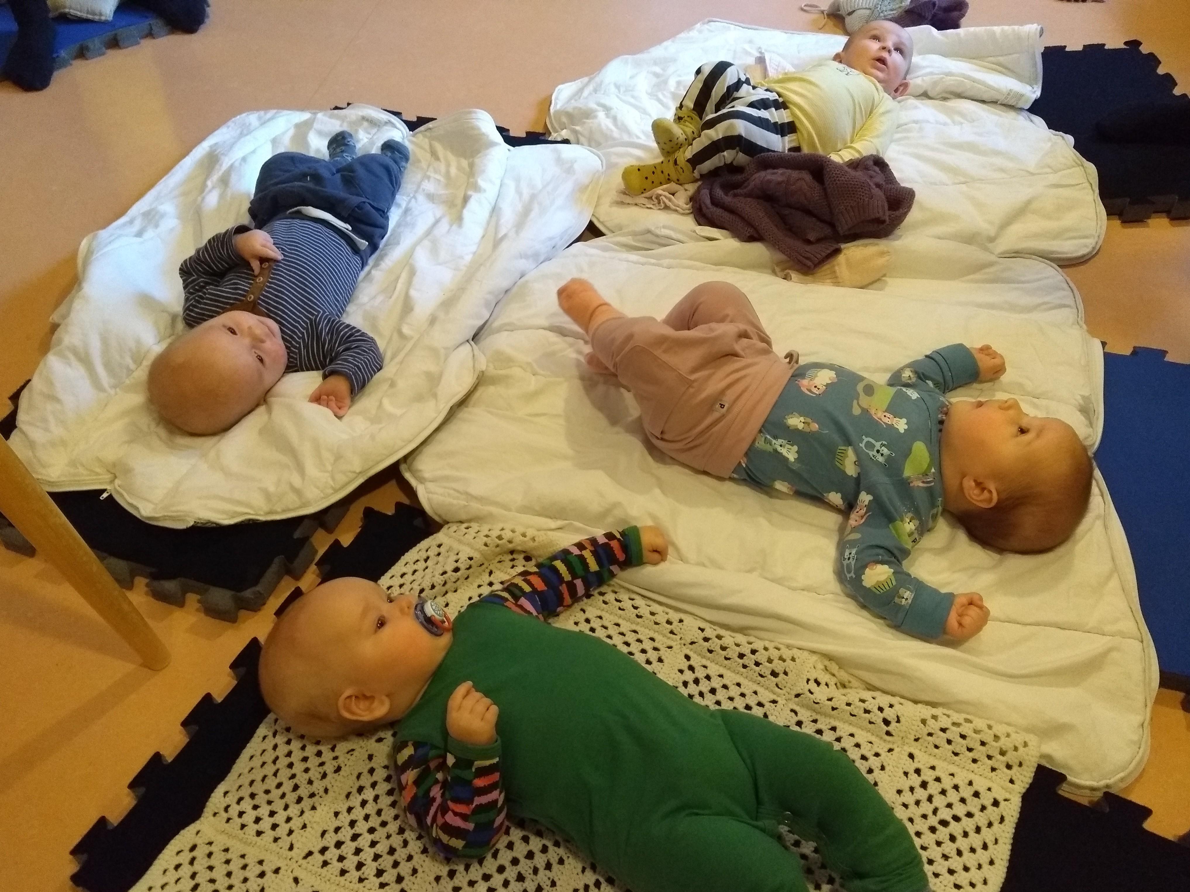 Linkki tapahtumaan Äiti-vauva-ryhmä ensisynnyttäjille