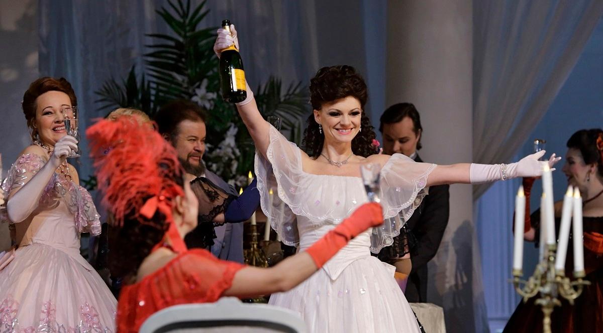Linkki tapahtumaan La Traviata
