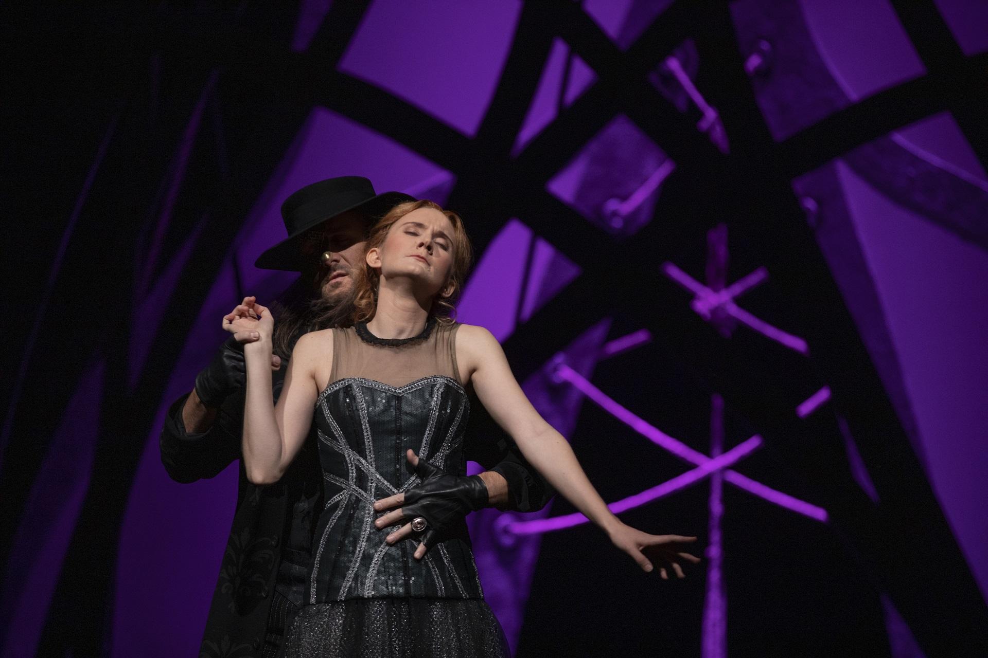 Linkki tapahtumaan Oopperan kummitus