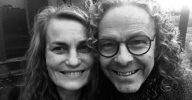 Linkki tapahtumaan Karanteeniteatteri esittää: Jonna Järnefelt & Jukka Leppilampi