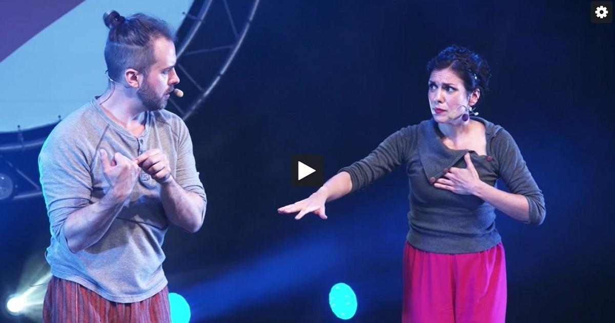 Linkki tapahtumaan Talviloma: Love Around the World (Finding the Way) on rakkaudesta ja sen sivuvaikutuksista kertova esitys