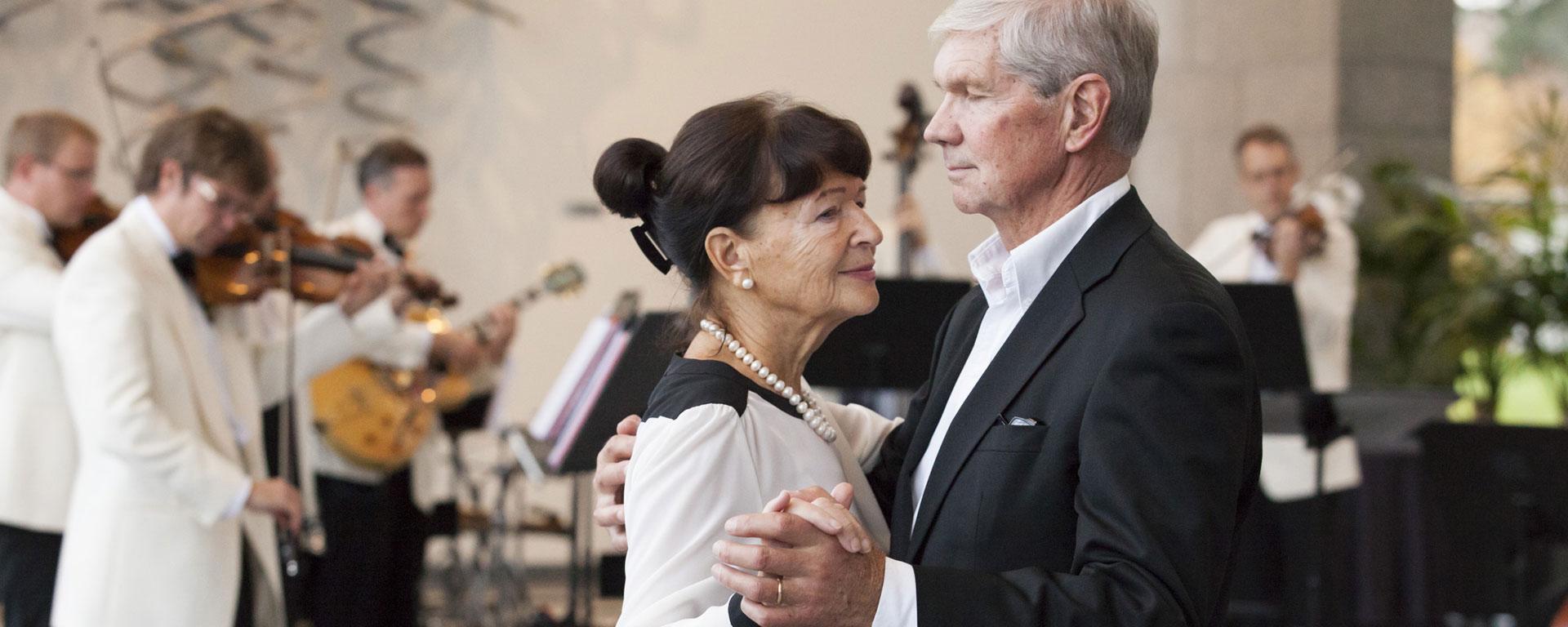 Linkki tapahtumaan Peruutettu: Oopperan teetanssit
